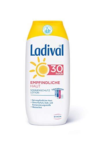 Ladival Loción solar para piel sensible, SPF 30, sin perfume, sin colorantes ni conservantes, resistente al agua, 200 ml