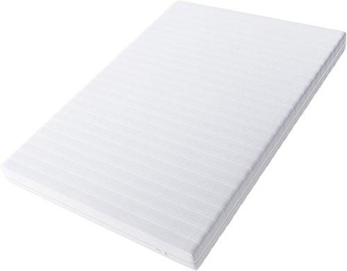 Hilding Sweden Essentials Schaumstoffmatratze in Weiß/Mittelfeste Matratze mit orthopädischem 7-Zonen-Schnitt für alle Schlaftypen (H2-H3) Classic / 200 x 200 x 16 cm