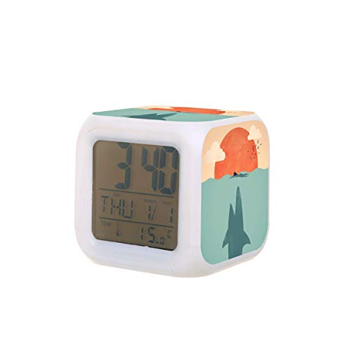 Shark Attack - Reloj despertador digital con luz nocturna y luz nocturna, funciona con pilas