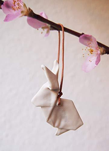 Hängender Origami Hase aus Porzellan - schöne Deko für den Osterzweig