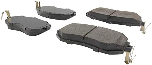 StopTech 305.15390 Street Select Brake Pads with Hardware