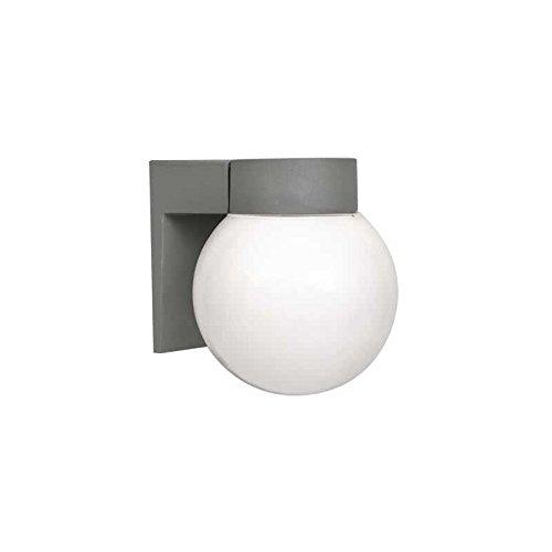 Wandlamp voor buitenwand. Kleur zink 1 x E27 Afmetingen: 18 x 15 x 18 cm.