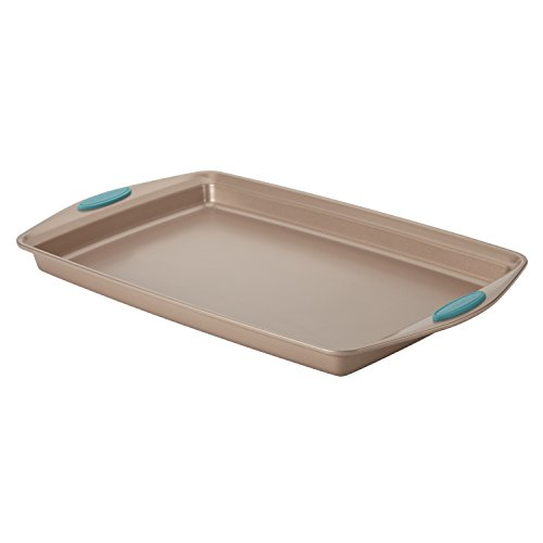 Rachael Ray Cucina Nonstick Bakeware with Grips, Nonstick Cookie Sheet / Baking Sheet - 11 Inch x 17 Inch, Latte Brown