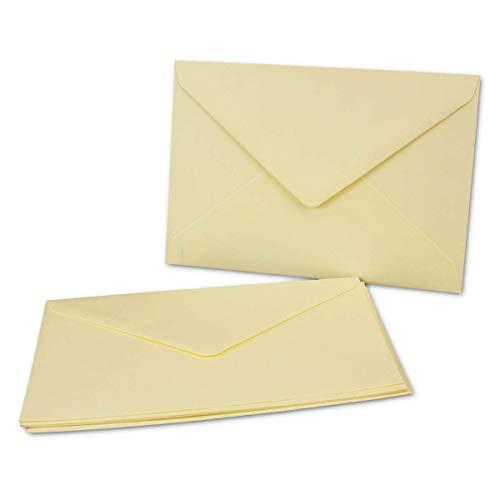 50x Briefumschläge B6 17,5 x 12,5 cm - Vanille/Creme - Nassklebung mit spitzer Klappe - 120 g/m² - Für Hochzeit, Gruß-Karten, Einladungen