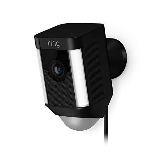 Ring Spotlight Cam Wired von Amazon | HD Sicherheitskamera mit LED Licht, Sirene & Gegensprechfunktion, 240 V kabelgeb&en, schwarz