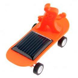 Mini-skateboard op zonne-energie.