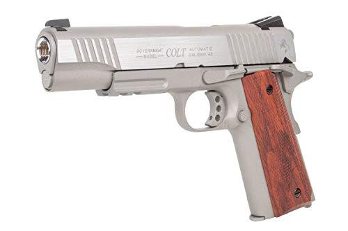 Pistola Softair Colt 1911 Rail gun C02 realizzata completamente in metallo, che la rende molto realistica, sia nel maneggiarla, che nella sua estetica; Modalità di sparo sicura: a colpo singolo, semi automatica; Dispone di un caricatore di ultima gen...