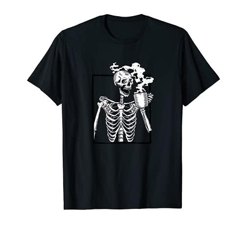 Halloween-Skelett trinkt Kaffee lustig T-Shirt