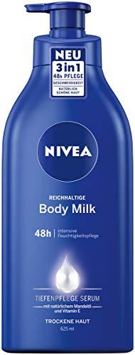 NIVEA Reichhaltige Body Milk (625 ml), für 48h Feuchtigkeitspflege, Lotion für trockene Haut mit Tiefenpflege Serum, Mandelöl und Vitamin E