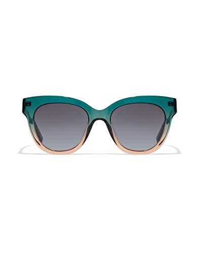 HAWKERS Gafas de Sol Audrey Estilo Butterfly, para Mujer, con Montura Degradada Bicolor Verde y Champán y Lente Gris, Protección UV400