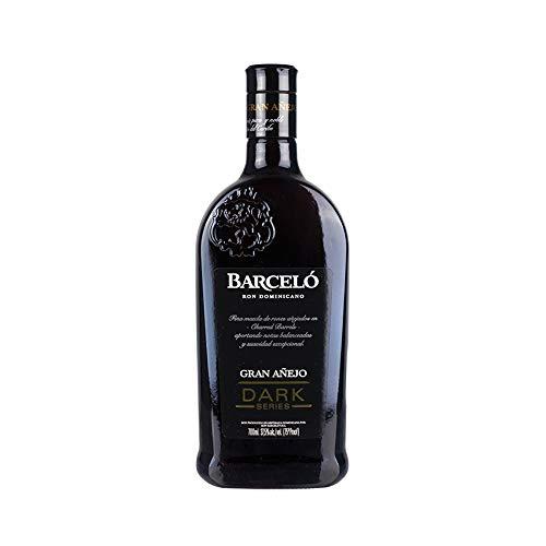Premium Brauner Rum aus der Dominikanischen Republik, 6 Jahre gelagert, 37,5{b7d662ba65d67869b59eeb5819d1c1c8ee4ff120ee1def54f84f24a13b9b6599} vol, Flasche 700ml - Ron BARCELÓ Gran Añejo Dark Series
