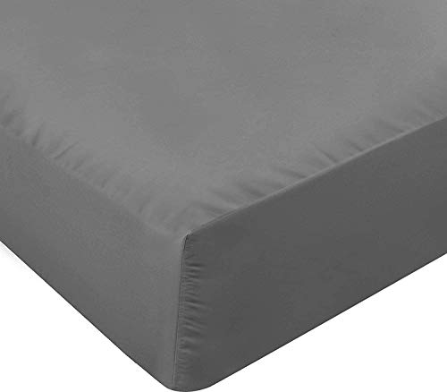 MH Home Double Fitted Sheet - Deep Pocket 25 cm - Easy Care Soft Polycotton Fabric - Shrinkage and Fade Resistant - Dark Grey