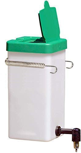 Cruzadel 32 oz Non-Drip Small Animal Water Bottle. Direct Refillable Water Dispenser for Small Pet (Rabbit/Hamster/Guinea Pig/Bunny/Ferret)