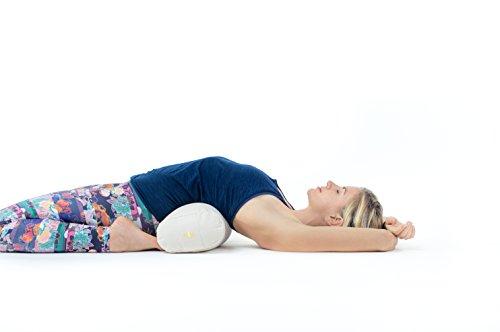 Lotuscrafts Yoga Bolster für Yin Yoga - Yogabolster mit Kapokfüllung - Waschbarer Bezug aus Baumwolle - Yogakissen Groß für Restorative Yoga - 6