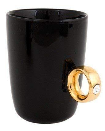 Gadg40054378406144005437840614et / schertsartikel in de vorm van een verlovingsring als handvat van een keramische mok in een elegant juwelendoosje - zwart