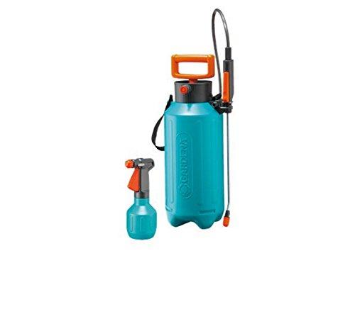 Gardena Drucksprüher-Set-Aktion: Pumpsprüher 0,5 l und Drucksprühgerät 5 l, Pumpsprüher mit variabler Düse, Drucksprühgerät mit Schultergurt (824-20)