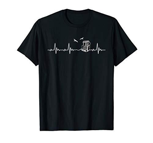 Ostsee Strandkorb Herzschlag T-Shirt