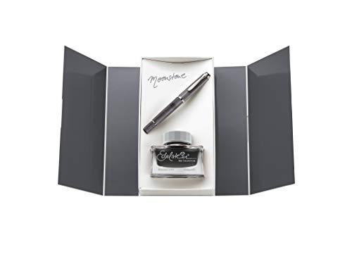 Pelikan Fine-Writing 816946 Kolbenfüllhalter Classic M205 Moonstone M + Edelstein Ink of The Year 2020 Moonstone 50ml, Geschenkset