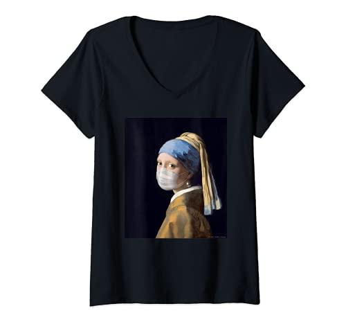 Mujer Niña famosa pintura con un pendiente de perlas usando máscara Camiseta Cuello V