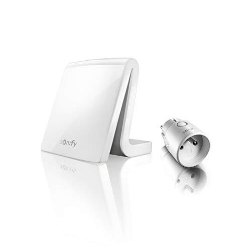 Somfy 1870870 - Pack TaHoma Box Maison Connectée + 1 Prise Connectée io | Box domotique compatible io, RTS & Multiprotocole & Multimarque | Compatible avec l'Assistant Google, Alexa |