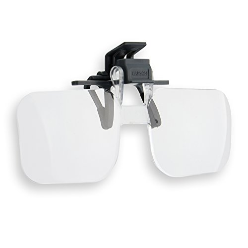 Carson Clip and Flip Brillenlupe mit Klemmfunktion und 1,5-facher Vergrößerung