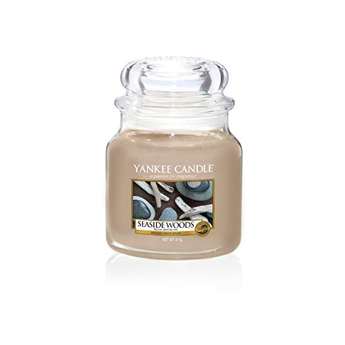 Yankee Candle Scented Candle | Seaside Woods Medium Jar Candle| Burn Time: Up to 75 Hours