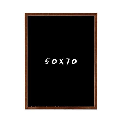 Postergaleria Kreidetafel für Wand | 50x70cm | Braun | Wandtafel aus Kiefernholz (HDF) in Schwarz | mit Kreide und Einer Schnur zum Aufhängen | für Küchen, Cafés, Geschäfte | Viele Farben | 6 Größen