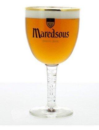Maredsous en forme de calice en Verre-Demi-pinte de bière blonde Maredsous Abbey Maredsous Pale Ale belge détails de bière