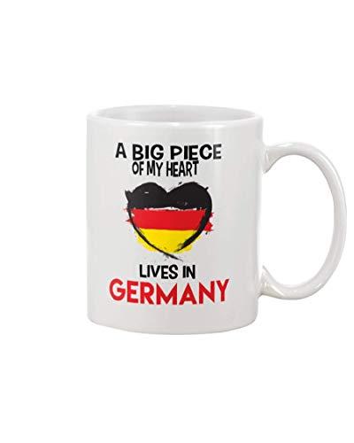 N\A A Big Piece of My Heart Lives In Germany, Family Birthday Christmas Cute Lovely Alemania mamá papá Hermana Hija Hijo Hermano Abuelo Abuela Taza de café 11 oz