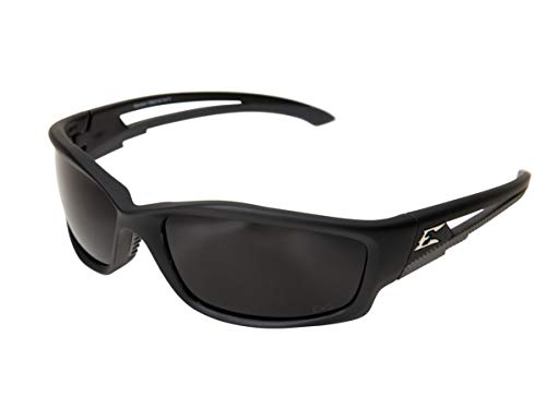 EDGE TSK216 - Gafas de seguridad polarizadas Kazbek, antiarañazos, antideslizantes, UV 400, grado militar, compatible con ANSI/ISEA y MCEPS, 12,8 cm de ancho, marco negro / lente humo
