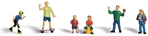 100% precio garantizado Woodland Scenics Scenics Scenics HO Kids At Play by Woodland Scenics  Venta en línea de descuento de fábrica