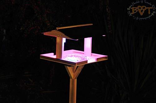Vogelhaus,vogelvilla mit Ständer,DACH edel SCHWARZ,dunkel,mit Beleuchtung,LED-Licht / Vogelhaus,wetterfest IN (TEAK) DUNKELBRAUN,HI-VIERDAANT-BEL-dbraun002 groß, wetterfest,Vogelhaus Vogelfutterhaus,KOMPLETT mit Ständer,WETTERFEST, Holz Vogelhaus,MIT,Vogelfutter-Station Farbe braun dunkelbraun schokobraun rustikal klassisch,MIT WETTERSCHUTZ-DACH für trockenes Futter - 5