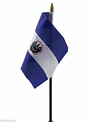 El Salvador mano de poliéster bandera británica 15,24 cm x 10,16 cm