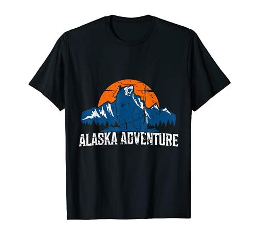 Alaska Aventura Oso Con Montañas Bosque Wildlife Design Camiseta