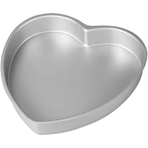 Wilton Decorator Preferred Heart Shaped Aluminum Cake Pan, 6-Inch, 6