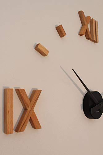 Kasper'o'clock - große Wanduhr aus Kernbuche
