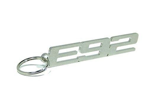 """Portachiavi 'E92"""", in pregiato acciaio inox lucido"""