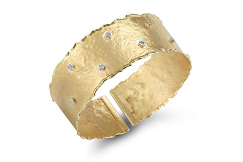 14K Yellow Gold 0.14ct TDW Diamond Accent Hammered-finish Cuff Bracelet