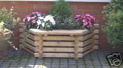 Intalogs Planter with Wooden Seat from N Logs