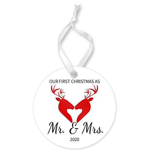 None-brands Navidad Ornamento 2020 Santa Claus Primera Navidad como MR. y MRS. Adorno redondo de cerámica y cinta de recuerdo, diseño de ciervos árbol de Navidad adorno colgante Accesorios