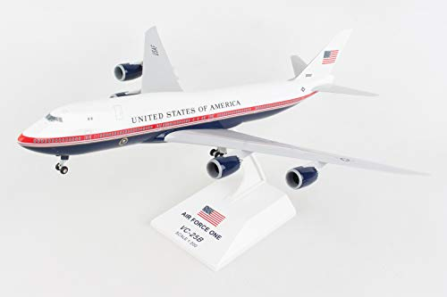 SKR1076 Boeing 747-8 (VC-25b) Air Force One New Livery Scale 1/200 w/Gear