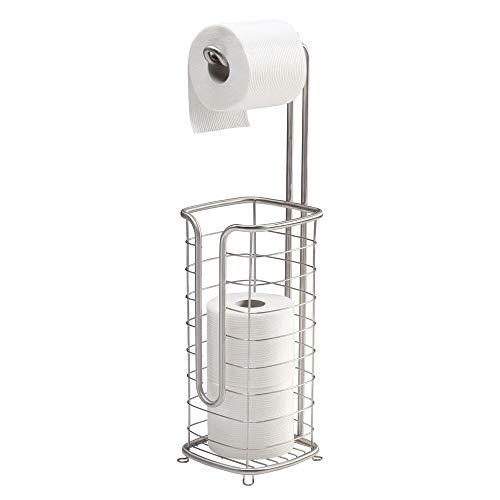 mDesign Freistehender Toilettenpapierhalter und Spender, mit Stauraum für 3 Ersatzrollen Toilettenpapier während der Dosierung von 1 Rolle – für Badezimmer/Puderzimmer – hält Mega Rollen – Satin