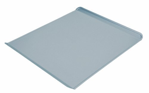Chicago Metallic Commercial II Non-Stick Cookie Sheet, 15-3/4 by 13-3/4-Inch by CHICAGO METALLIC