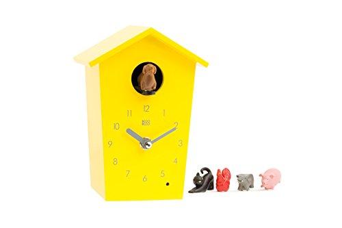 KOOKOO AnimalHouse Gelb, Moderne kleine Kuckucksuhr mit 5 Bauernhoftieren, Aufnahmen aus der Natur Moderne witzige Design Uhr
