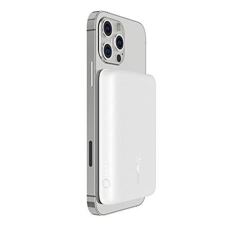 Belkin BOOST↑CHARGE™ MagSafe対応 磁気ワイヤレスモバイルバッテリー 2500mAh iPhone12シリーズ対応 ホワイト BPD002btWH-A