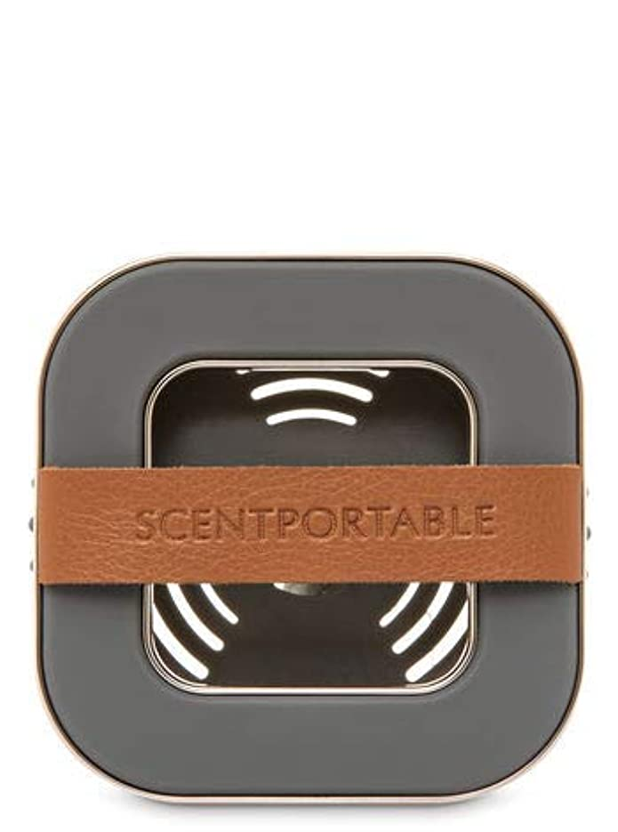 印象派克服する保護【Bath&Body Works/バス&ボディワークス】 車用芳香剤 セントポータブル ホルダー (本体ケースのみ) バンドレザー Scentportable Holder Banded Leather Beveled Square Vent Clip [並行輸入品]