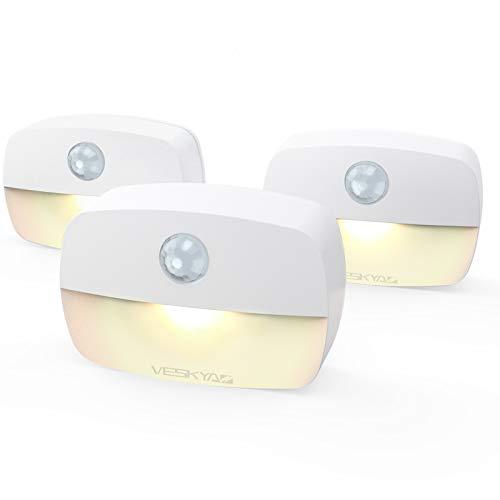 VESKYAO luz de Noche, Luz Nocturna LED con Sensor de Movimiento, Luces que Funcionan con Pilas, Adecuada para Dormitorio, Baño, Inodoro, Escaleras, Cocina, Pasillo (3 Pack)