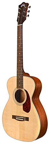 Guild Guitars M-240E Guitarra acústica de cuerpo pequeño, tamaño concierto con tapa de abeto Sitka sólido y arco de caoba, natural, colección Westerly