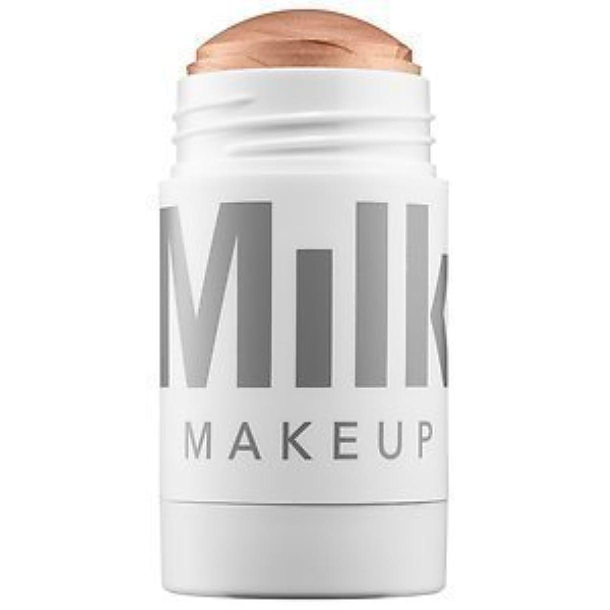 豚肉弁護幽霊Milk Makeup Highlighter Full Size Color: Lit - Champagne Pearl 1 oz 28 g [並行輸入品]