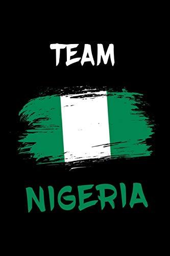 Nigeria Flaggen Notizbuch: Schönes Nigeria Flaggen Notizbuch mit 120 karierten Seiten im A5 Format